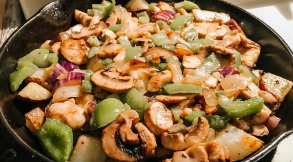Bottom-of-the-Pantry Dinner Hash | Faithful Farmwife