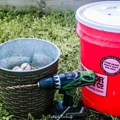 DIY Compost Bin with a 5 Gallon Bucket