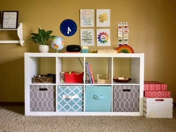 Creating a functional home with children isn't always easy, but it can be done with these 9 Tried & True Homemaking Tips for Moms! #Motherhood #Homemaking