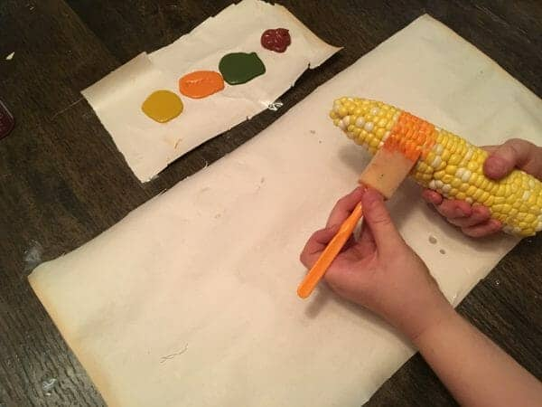 Looking for some creative fall inspiration for your kids? Try these super simple fall art projects using corn, apples, and leaves!