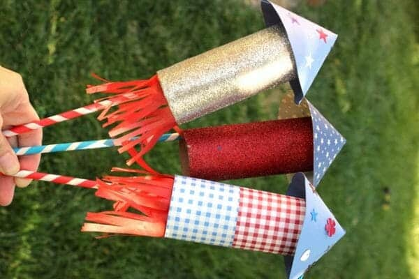 Toilet Paper Roll Rockets | Faithful Farmwife