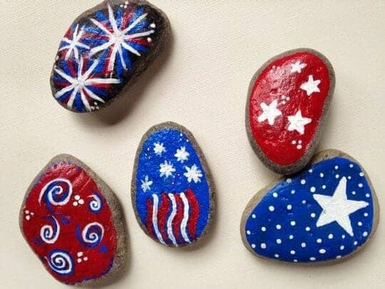 4th of July Painted Rocks | Faithful Farmwife