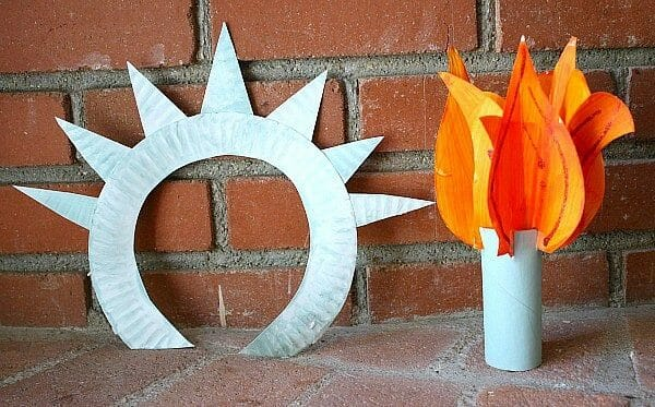 Statue of Liberty DIY  Simple 4th of July Craft Ideas + 4th of July  Recipes   Faithful Farmwife