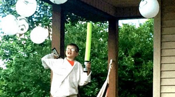 How to Make Pool Noodle Light Sabers & Death Star Piñata | Faithful Farmwife