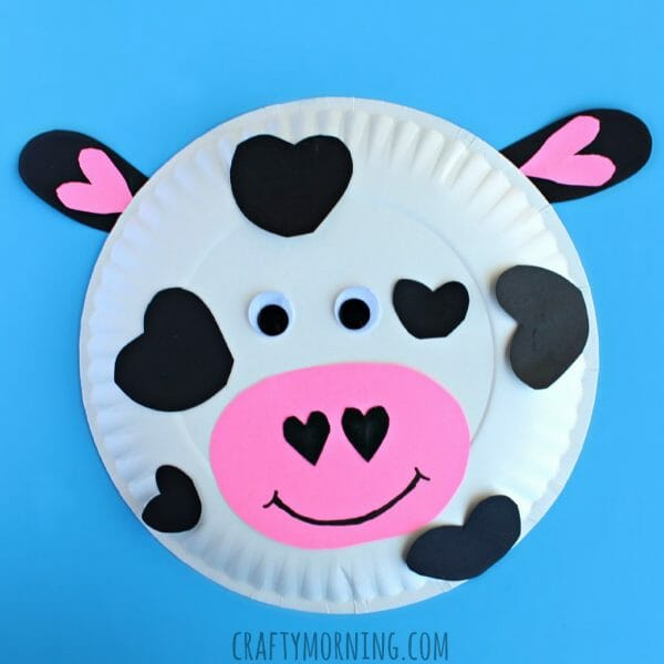 Paper plate Cow Craft | 6 Simple Farm Themed Valentine's Day Crafts | Mama on the Homestead