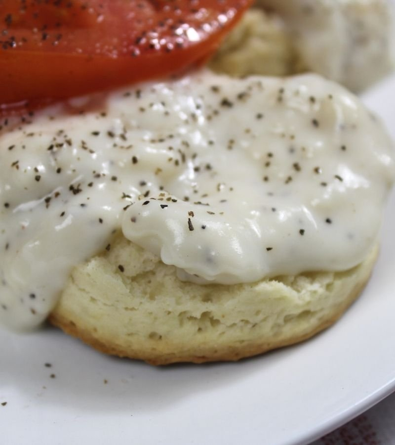 Homemade biscuits with white pepper gravy