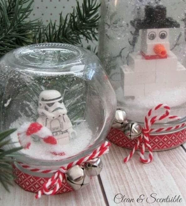 Mason Jar Snow Globe | 30+ of the Best Mason Jar Uses for Your Home | Faithful Farmwife