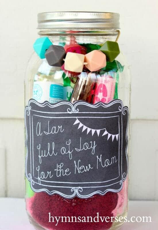 Mason Jar Gift | 30+ of the Best Mason Jar Uses for Your Home | Faithful Farmwife
