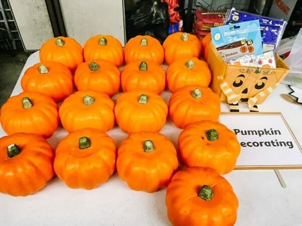 Pumpkin Decorating | 22 of the Best Fall Farm Fest Activities, Food, & Decorations | Faithful Farmwife